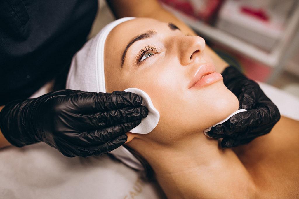 Estetica 21 - Centro de Estética en Cáceres - Tratamientos faciales - Higiene facial