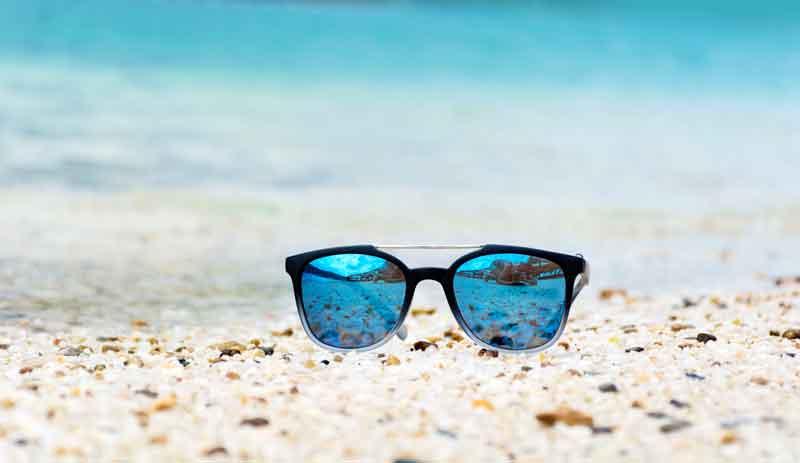 gafas-de-sol-playa-estetica-xxi-blog